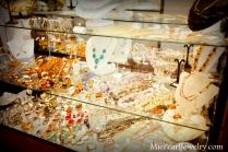 Mie Pearl Precious Stone Jewelry Showcase