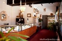 Mie Pearl Jewelry Store Showroom
